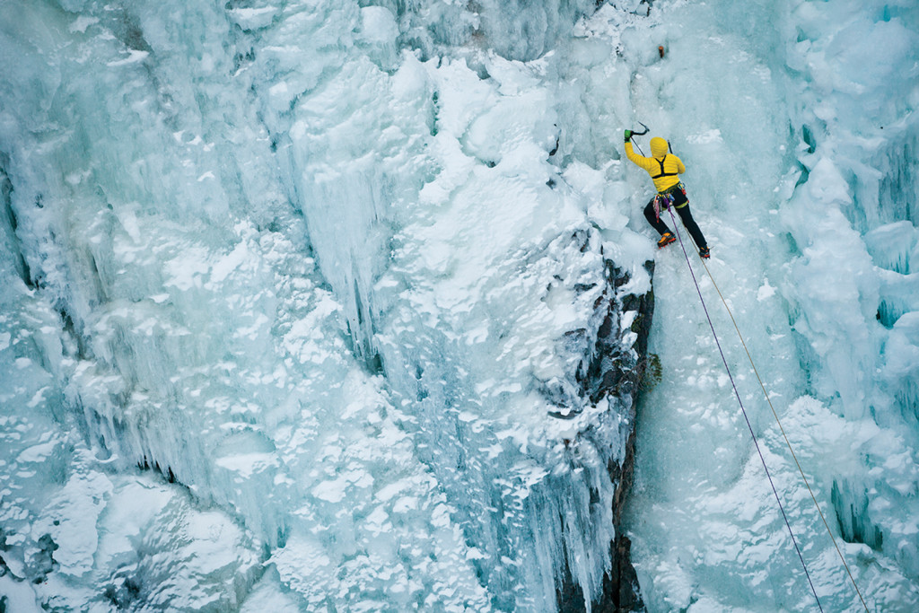 chillup guide rjukan ice climbing marcin kin photo