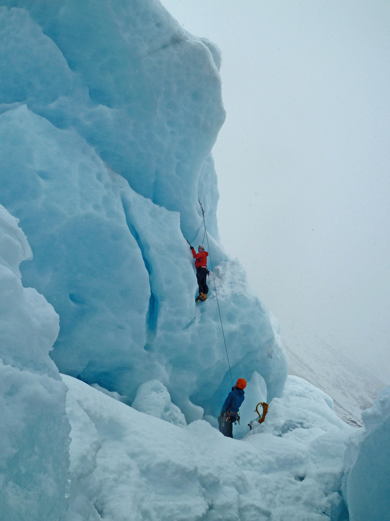 ice climbing with chillup guide